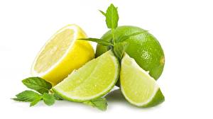 Обои для рабочего стола Лайм Крупным планом Лимоны Белом фоне Еда