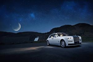 Обои Rolls-Royce Белый Ночные 2019 Phantom Tranquillity автомобиль