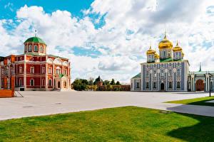 Фотографии Россия Храмы Церковь Городская площадь Газон Tula город