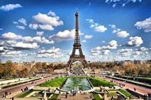 Картинки Небо Парк Париж Эйфелева башня город
