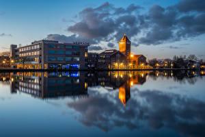 Картинки Вечер Голландия Отражении Zaandam, Royal Verkade город