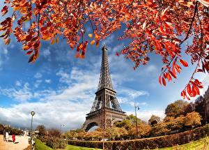 Фотографии Франция Осенние Париже Эйфелева башня город