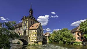 Фотографии Германия Здания Речка Мост Bamberg Town Hall город