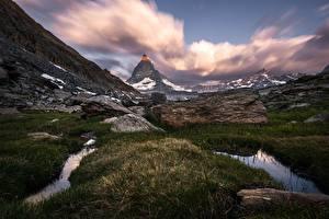 Фотографии Гора Швейцария Траве Утес Matterhorn Природа