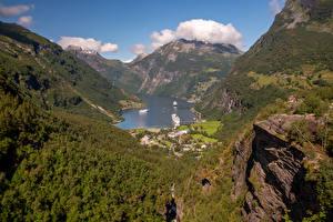 Фотография Норвегия Горы Пристань Дома Залив Geirangerfjord Природа