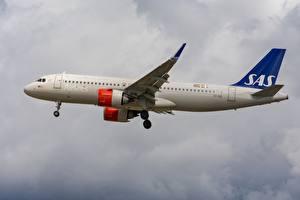 Обои Пассажирские Самолеты Боинг Сбоку A320-200N Scandinavian Ireland