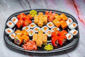 Фотографии Морепродукты Суши Икра Разноцветные Еда