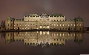 Обои для рабочего стола Австрия Вена Дворец Ночь Отражается Belvedere город