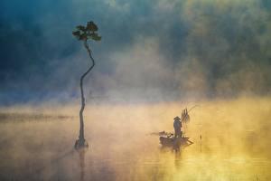 Фотографии Лодки Рыбалка Азиатка Туман