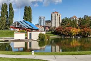 Картинки Канада Здания Осень Пруд Kelowna Города