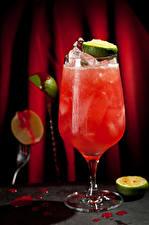 Картинки Коктейль Алкогольные напитки Лайм Бокалы Лед Продукты питания