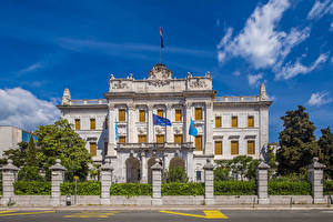Фотография Хорватия Дворец Забор Флага Governor palace Rijeka Города
