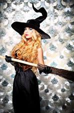 Картинки Хэллоуин Ведьма Блондинки Шляпы девушка