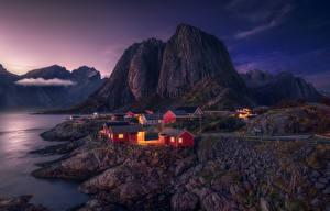 Фотография Норвегия Лофотенские острова Горы Вечер Здания Берег Заливы Природа