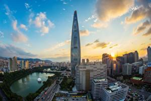Картинка Рассвет и закат Южная Корея Небоскребы Сеул Lotte World Tower Города