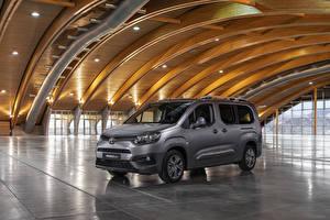 Картинка Тойота Серая Минивэн 2019 ProAce City Verso Long автомобиль