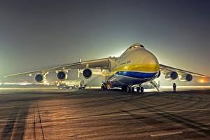 Обои Самолеты Транспортный самолёт An-225 Mriya