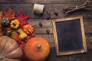Обои Осень Тыква Доски Шаблон поздравительной открытки Лист Ветки Природа