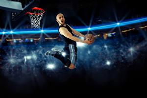 Обои Баскетбол Мужчины Прыжок Мяч Спорт картинки