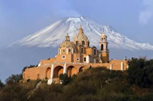 Фото Церковь Мексика Вулкан Puebla, Popocatepetl, Iglesia de Nuestra Señora de los Remedios Города