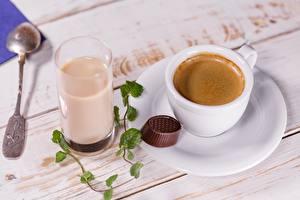 Фотография Кофе Шоколад Чашке Стакане Ложка Блюдца Пища