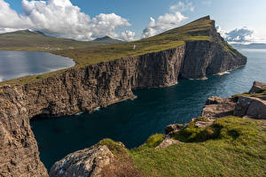 Фото Дания Озеро Скалы Мох Lake Sørvágsvatn Faroe Islands Природа
