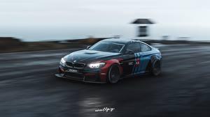 Фотографии Forza Horizon 4 BMW Движение M4 by Wallpy Автомобили 3D_Графика