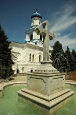 Картинки Фонтаны Украина Монастырь Креста Sviatohirsk Lavra город