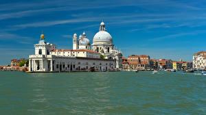 Обои Италия Дома Храмы Венеция Водный канал город