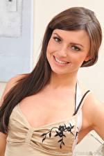 Фотография Karcia & Caroline Шатенки Взгляд Улыбка Красивая молодые женщины