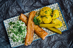 Фотография Мясные продукты Картофель Сметана Укроп Огурцы