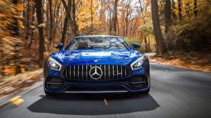 Фотография Mercedes-Benz Спереди Синий Родстер AMG 2018 GT C авто