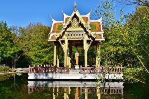 Фотографии Парки Пагоды Мюнхен Пруд Германия Бавария Westpark, Thai Tempel