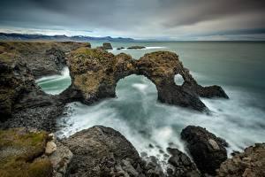Картинки Море Берег Ирландия Скалы