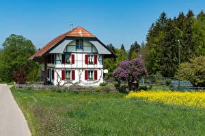 Картинка Швейцария Дома Особняк Дизайна Забором Трава Steinhof Города