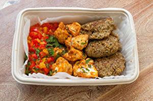 Фотографии Вторые блюда Мясные продукты Овощи Котлеты Рис Доски Еда