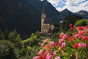 Обои Австрия Горы Церковь Heiligenblut, Carinthia город
