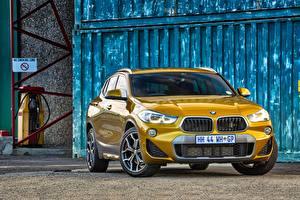 Фото BMW Спереди CUV Золотая X2 F39 авто