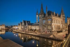 Картинка Бельгия Гент Ночь Водный канал Отражение Набережная