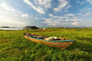 Обои Лодки Небо Траве
