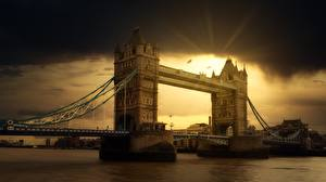 Картинка Мост Реки Рассветы и закаты Англия Лондоне Thames город