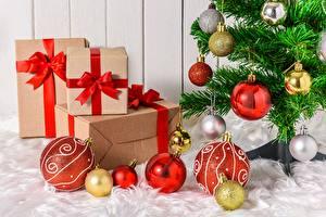 Обои Новый год Елка Шарики Подарки Бантик Коробка