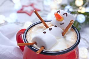 Картинки Креатив Новый год Капучино Маршмэллоу Кружка Снеговики Еда