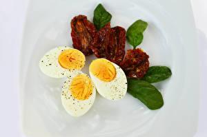 Фотография Яйцами Трое 3 Продукты питания