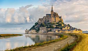 Обои для рабочего стола Крепость Франция Mont Saint Michel город
