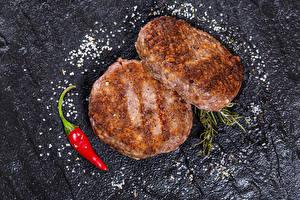 Обои Котлета Острый перец чили Вдвоем Соль Продукты питания