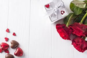 Фотографии Розы День всех влюблённых Сердца Доски Шаблон поздравительной открытки