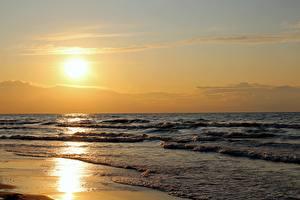 Фотографии Рассвет и закат Море Волны