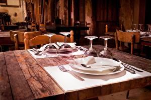 Фотографии Накрытия стола Стол Ресторан Бокал Тарелке Вилка столовая