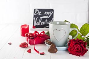Обои День святого Валентина Роза Конфеты Сердце Кружки Подарки Еда